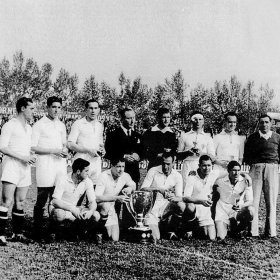 Camisola retro Sevilla FC 1945 - 46