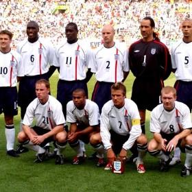 Camisola retro Inglaterra 2002