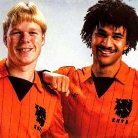 Camisola retro Holanda 1983/84